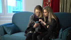 生活方式设备瘾通信女孩 股票视频