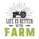 生活是好在农厂象征 葡萄酒手拉的种田的商标 自然产品海报 减速火箭的困厄的样式 向量例证