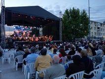 生活歌剧音乐会,街市Pitesti,罗马尼亚- 2018年5月 库存照片