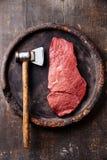 生肉和牛排短槌 免版税库存照片