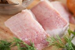生肉,牛肉二个部分  免版税库存照片