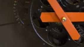 生锈的减速火箭的技工时钟齿轮 股票录像