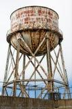 生锈的塔水 库存图片