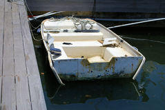 生锈的小船 库存照片