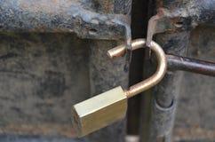 生锈的挂锁 免版税库存图片