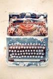 生锈的机械打字机 库存图片