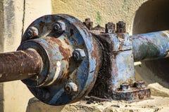 生锈的水力泵齿轮  库存图片
