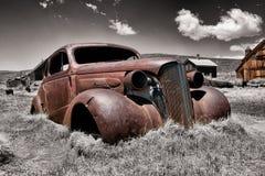 生锈的汽车击毁 图库摄影