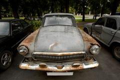 生锈的汽车 免版税库存照片