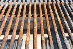 生锈的烤肉格栅 免版税库存照片