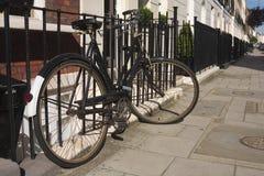 生锈的自行车 免版税库存照片