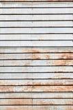 生锈的葡萄酒金属房屋板壁 免版税库存图片