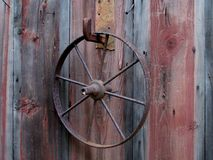 生锈的轮子 免版税库存图片