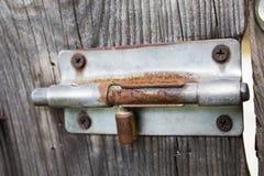生锈的门闩 免版税库存照片