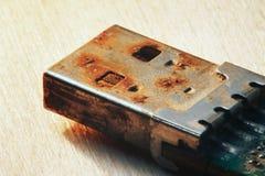 生锈的USB闪光推进连接器 免版税库存图片