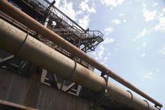 生锈07个鼓风炉老的管道 库存照片