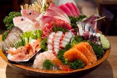 生鱼片,包括非常鲜鱼的日本纤巧 免版税库存图片