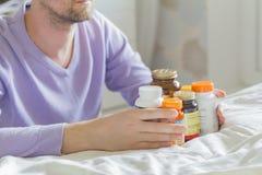 维生素、药物、药片和片剂 库存照片