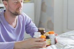 维生素、药物、药片和片剂 库存图片