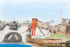生活和商务在湄公河在芹苴市 免版税图库摄影