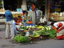 生活在印度微型市场上在Colaba 免版税库存图片