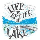 生活是好在湖手字法标志 免版税图库摄影