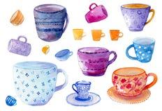 用不同的五颜六色的杯子和杯子的水彩画手拉的集合在白色背景 库存图片