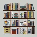 用不同的对象的木书架 免版税库存照片