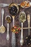用不同的添加剂的茶 库存照片