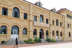 用于女王诗丽吉国立图书馆的新的Palladian建筑学历史建筑, Nakhon帕侬,泰国 免版税库存图片