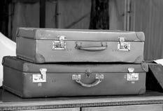 用于旅行的皮革手提箱最初由祖先 免版税库存图片