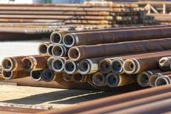 用于石油工业的生锈的和使用的钻头 库存图片