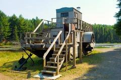 用于采伐的产业的木猛拉从前 免版税图库摄影