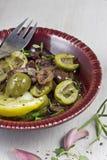 用卤汁泡的橄榄 免版税库存图片