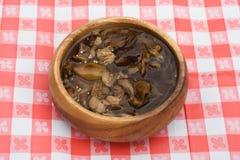 用卤汁泡的蘑菇 库存照片