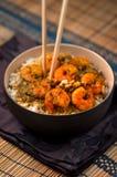 用咖哩粉调制大虾用米-加勒比鲜美食物04 图库摄影
