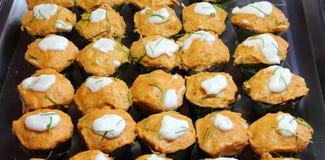 用咖哩粉调制鱼混合的与snakehead鱼的辣和草本(Ho Mok) 免版税库存图片
