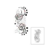 用在一个童话的小珠装饰的美丽的玫瑰 免版税库存图片