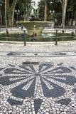 用在OsA将军³里约广场的路面的葡萄牙石头做的马赛克 免版税库存照片