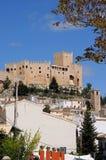 用增白剂擦城堡连栋房屋velez 库存照片