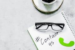 用户支持有联络的公司办公室我们文本和标志t 免版税库存图片