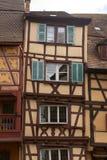 用木材建造的科尔马房子 库存图片