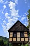 用木材建造的房子 库存图片