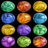 用杂草叶子版本记录手画和装饰的十二个五颜六色的复活节彩蛋隔绝在黑背景 免版税图库摄影