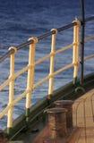 用栏杆围船 免版税库存图片