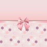 用桃红色丝带浪漫史装饰的蔷薇石英花无缝的样式 免版税图库摄影