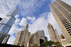 用王牌取胜国际饭店、里格利尖沙咀钟楼和论坛大厦,芝加哥 免版税库存图片