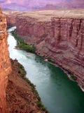 用筏子运送河线索的科罗拉多 免版税图库摄影
