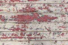 用老被剥皮的油漆盖的被钉牢的木盘区纹理  免版税库存图片