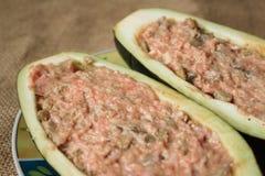 用肉混合物细节充塞的茄子 免版税库存照片